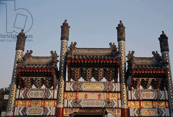 Gate, Summer palace (Unesco World Heritage List, 1998), Beijing, China, 18th-19th century (photo)