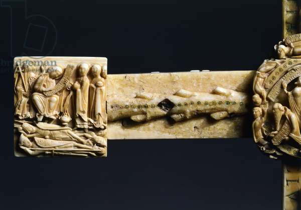 Holy women at Jesus' tomb, decorative detail from The Cloisters Cross, ivory, 57x 36 cm