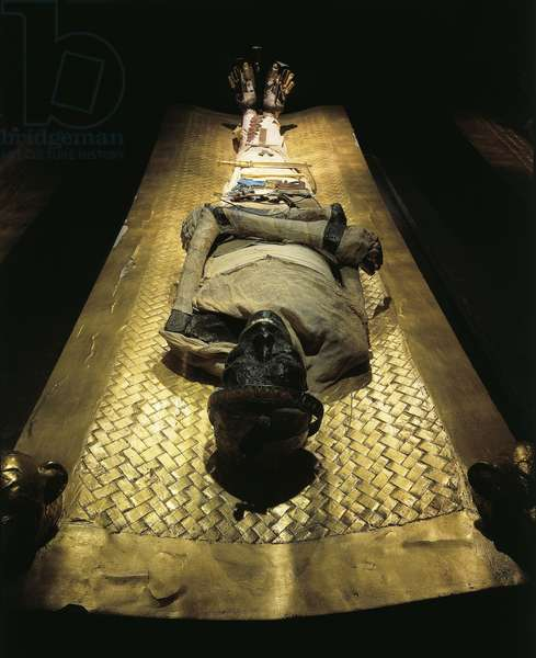 Replica of Sarcophagus chamber, Mummy of Pharaoh on golden bed, from King Tutankhamen's tomb