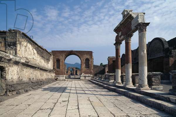 Honorary Arch of Tiberius, with ruins of colonnade in front of sacellum, Forum of Pompeii (UNESCO World Heritage Site, 1997), Italy, Roman civilization, 1st century
