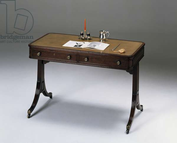 Mahogany Sheraton style writing desk, circa 1800, United Kingdom, 18th-19th century