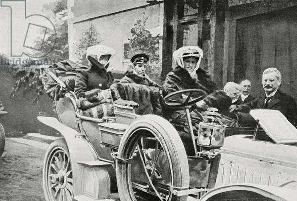 Alfonso XIII of Spain travelling by car, photograph by Gribayedoff, from L'Illustrazione Italiana, Year XXXIII, No 5, February 4, 1906