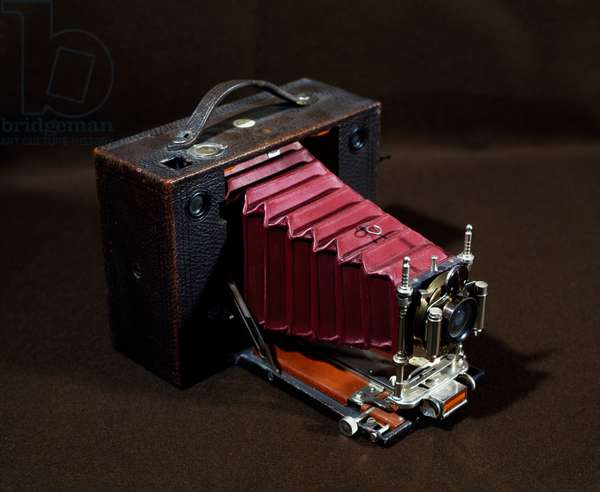 Automatic Eastman Kodak camera, 1900, 1-100 speed, 1-128 diaphragm, USA, 19th century