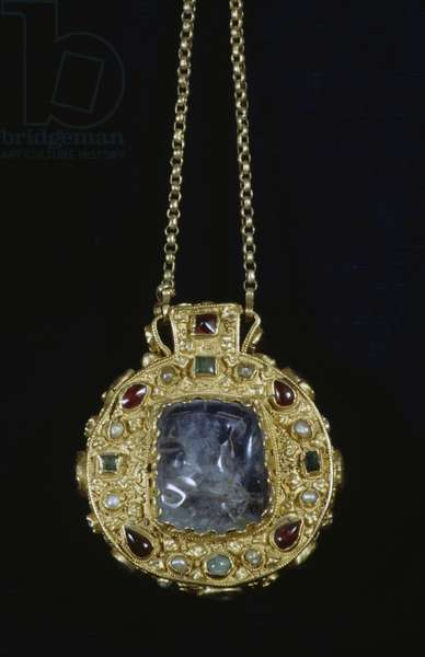 Talisman of Charlemagne, gold filigree and precious stones pendant, France, 9th century