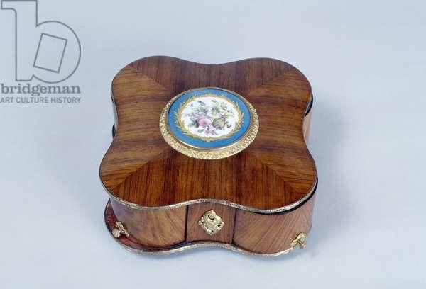 Napoleon III style tulipwood and porcelain four-lobe jewelry box, France, 19th century