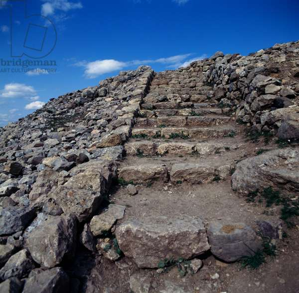 Stairs leading to Acropolis, Royal residence, Hattusa (Bogazkoy), capital of Hittite empire (Unesco World Heritage List, 1986), Bogazkale, Turkey, Hittite civilization, 2nd millennium BC