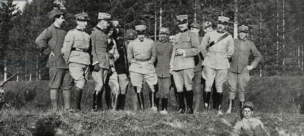 Officers and soldiers of squadron who accompanied Gabriele d'Annunzio in his flight over Trento, September 20, 1915, Italy, World War I, from L'Illustrazione Italiana, Year XLII, 41, October 10, 1915