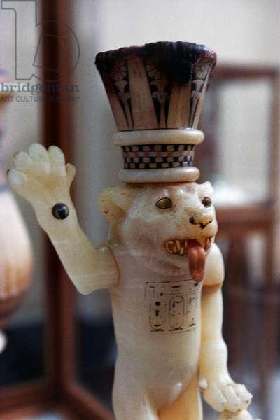 Lion-shaped alabaster perfume vase, Treasury of Tutankhamun, 1333-1323 BC, Egypt, Egyptian civilization, New Kingdom, Dynasty XVIII, Detail