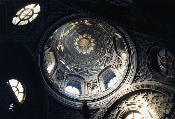 Interior of the cupola, Chapel of the Holy Shroud (17th century), by Guarino Guarini, before the 1997 fire, Turin, Piedmont, Italy