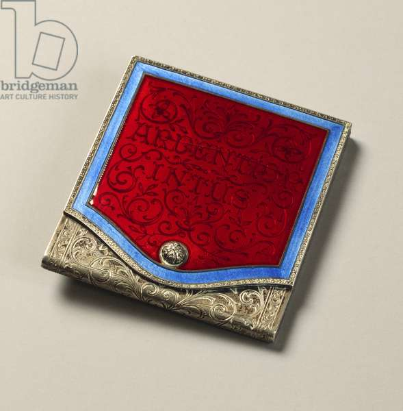 Engraved silver matchbox with motifs of laces of Burano, framing Ardentior intus, enameled with heraldic colours of Gabriele D'Annunzio, by Mario Buccellati