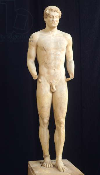 Funeral kouros by Aristodikos 500-510 BC. Marble sculpture of the archaic age from Mesogeia (Greece). Greek Civilization, 6th Century BC.