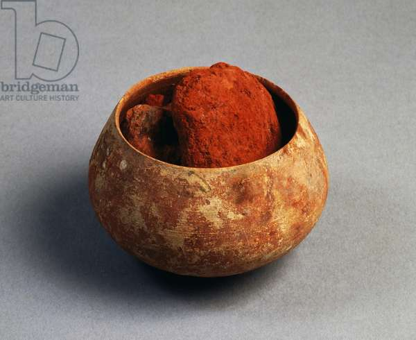 Small clay bowl containing red powder for frescoes, artifact uncovered in Pompeii, Campania, Italy, Roman Civilization, 1st century