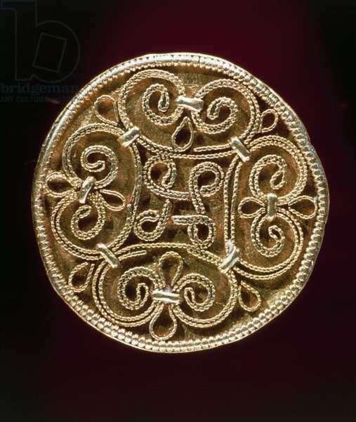 Brooch, gold, Jutland Peninsula, Denmark, Goldsmith art, Viking civilization, 9th-11th century