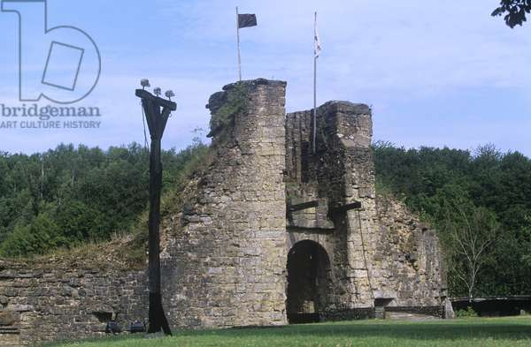 France, Champagne-Ardenne, Montcornet castle, built between 11th and 12th centuries