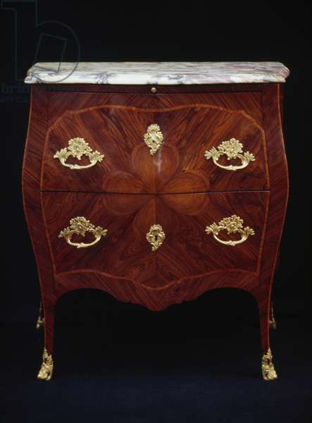 Small Louis XV-style Genoese bois de violette and bois de rose veneered chest of drawers, with maritime pine drawer and peach marble top, ca 1750, Italy, 18th century