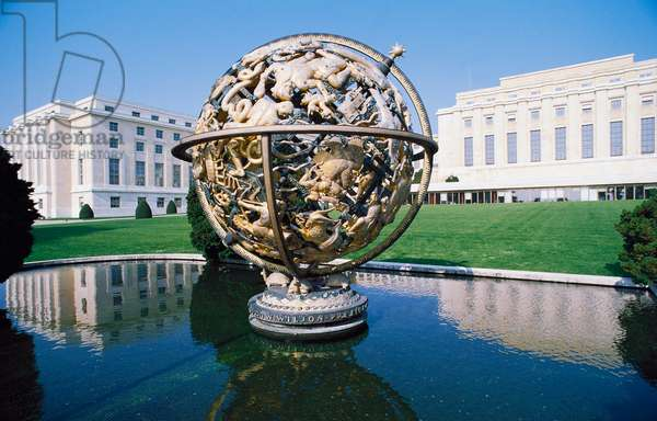 Armillary Sphere or Woodrow Wilson Memorial Sphere, 1939, By Paul Manship (1885-1966), With United Nations building, 1931-1938, Geneva, Canton of Geneva, Switzerland, 20th century