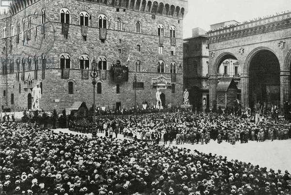 Mayor Pier Francesco Serragli proclaiming US President Thomas Woodrow Wilson honorary citizen, Piazza della Signoria, Florence, Italy, from l'Illustrazione Italiana, Year XLV, No 28, July 14, 1918