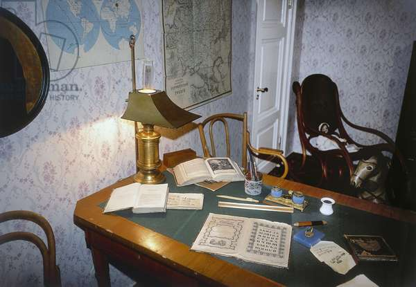 Fyodor Dostoevsky desk, Dostoevsky House-Museum, St Petersburg's historic center (Unesco World Heritage List, 1990), Russia