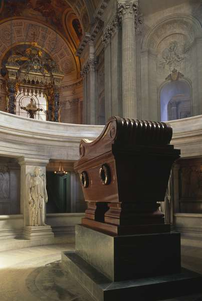 Tomb of Napoleon Bonaparte (1769-1821) in Dome des Invalides, or Royal chapel, Paris (UNESCO World Heritage List, 1991), France