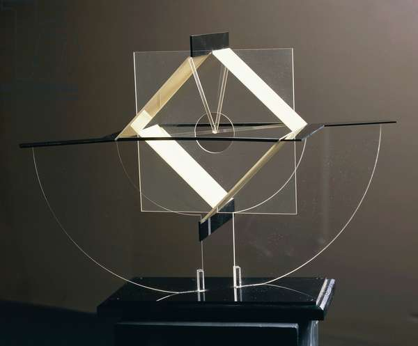 Construction in space with balance on two points, 1925, by Naum Gabo, also known as Naum Pevzner (1890-1977), sculpture made ??of plastic, glass, brass and wood. Russia, 20th century.