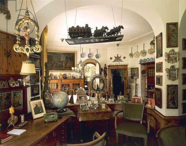 Study and dining room of Richard Strauss' (1864-1949) house in Garmisch Partenkirchen, Germany