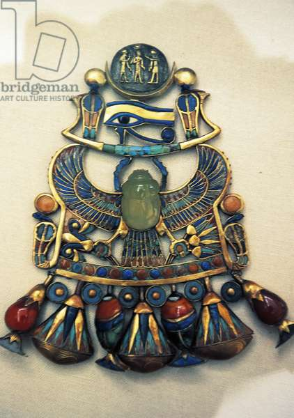 Breastplate from wedding, from Tomb of Tutankhamun, Egyptian civilization, 18th Dynasty