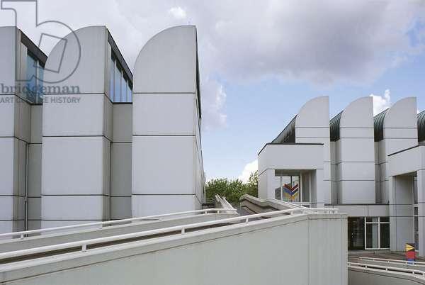Bauhaus-Archiv, Design and Bauhaus history museum, 1976-1979, architect Walter Gropius, Berlin, Germany, 20th century