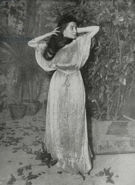 Italian actress Emma Gramatica in Dream of spring morning by Gabriele d'Annunzio, from L'Illustrazione Italiana, Year XLI, No 3, January 18, 1914