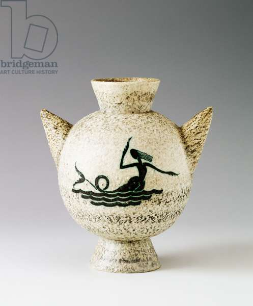 Two-handled spheroidal vase with stylized siren, 1930s, by Ivos Pacino Pacetti (1901-1970), height 23.5 cm, made by La Fiamma, Albisola. Italy, 20th century