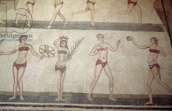 Girls in bikinis, mosaic floor Ten Girls in bikinis, Villa Romana del Casale (UNESCO World Heritage List, 1997), Piazza Armerina, Sicily, Italy, Roman Civilization, 4th century AD
