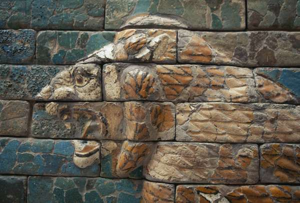 Lion head, detail from glazed brick tiles depicting mythological animals that adorned the Processional Way, Babylon, Babylonian civilization, 7th -6th century BC