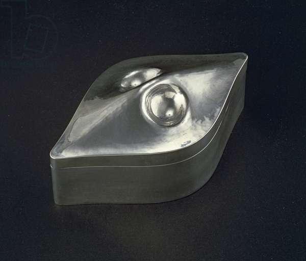 Silver box, 1905 (silver)