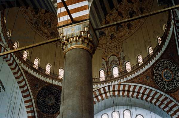 Column in the Mosque of Suleiman the Magnificent, an Ottoman imperial mosque built between 1550 and 1557, Istanbul, Turkey