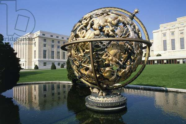 Celestial sphere or Woodrow Wilson Memorial Sphere, 1939, by Paul Manship (1885-1966), with the United Nations building in the background, 1931-1938, Geneva, Switzerland, 20th century