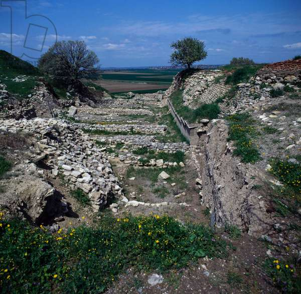 Trench excavated by Heinrich Schliemann, Troy II, archaeological site of ancient Troy (Unesco World Heritage List, 1998), Hisarlik, Turkey