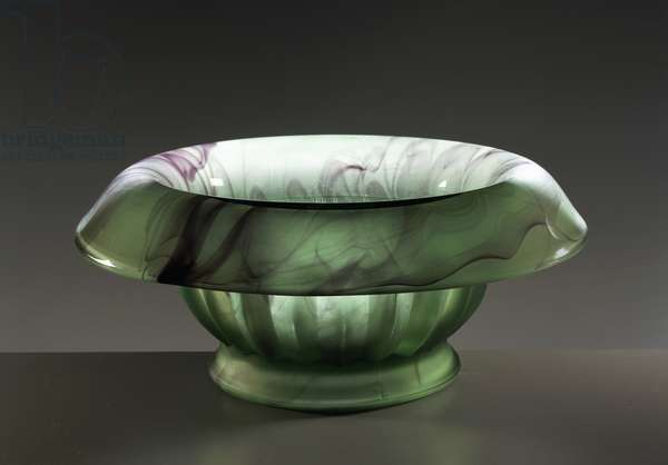 Jade colored glass bowl, Glass Cloud series, ca 1920, George Davidson and manufacturing Co, Gateshead-on-Tyne, England, UK, 20th century