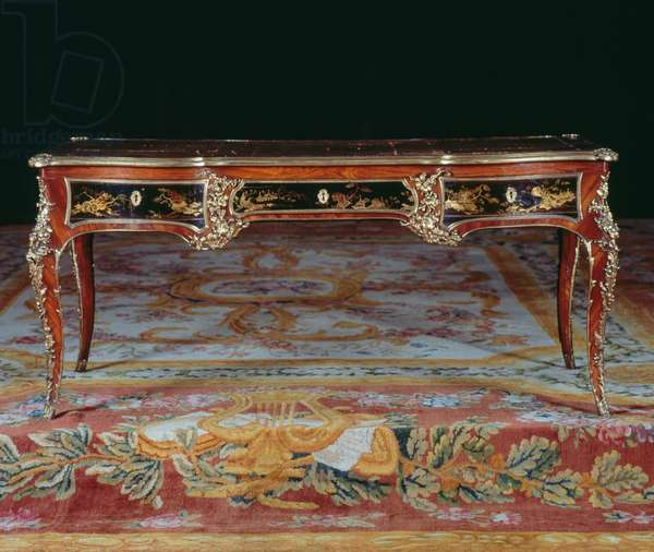 Louis XV style writing table (bureau plat), stamped by Macret, France, 18th century