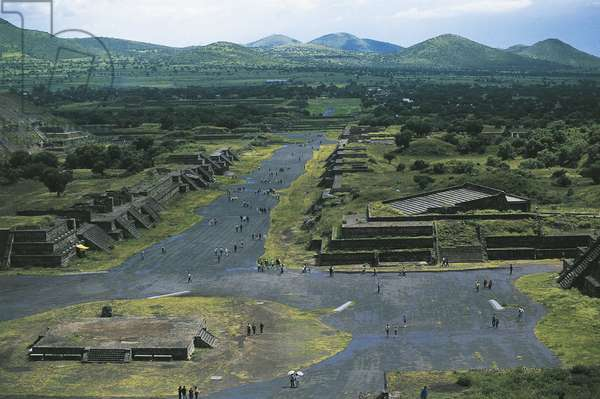 Mexico, Basin of Mexico, Mexico City, Teotihuacan (City of Gods), Pyramid of Moon and Avenue of Dead