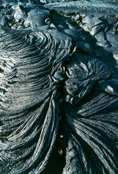 Solidified lava flow in Hawaii Volcanoes National Park (UNESCO World Heritage List, 1987), Hawaii (Big Island), Hawaii, United States (photo)