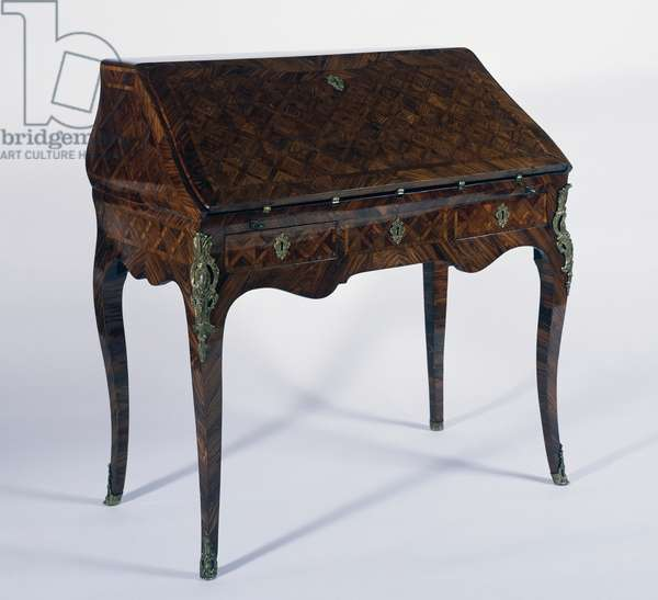 Louis XV style writing desk with kingwood and satinwood inlays, France, 18th century