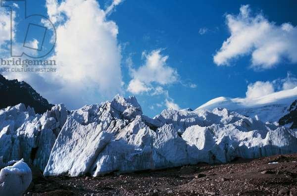 Harcones glacier, Aconcagua, Andes, Argentina (photo)