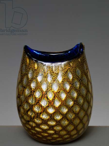 Blown glass vase, 1950, honeycomb decoration with silver leaf inserts and metal powders, Giulio Radi (1895-1952), Italy, 20th century