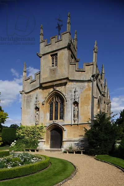 St Mary's chapel (16th century), which holds the tomb of Catherine Parr (1512-1548), sixth wife of Henry VIII (built 16th century), The Cotswolds, Gloucestershire, United Kingdom