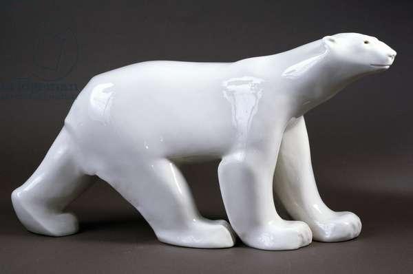 Porcelain polar bear, 1922, by Francois Pompon, France, 20th century.
