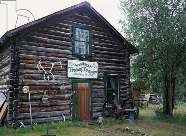 Old post office, Wiseman, along Dalton Highway (Alaska Route 11), Alaska, United States of America