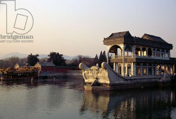 Marble boat (Qingyan Fang) at sunset, Kunming lake, Summer palace (Unesco World Heritage List, 1998), Beijing, China, 18th-19th century (photo)