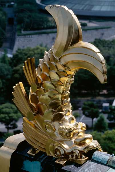 Golden fish, Architectural detail of Osaka Castle, Kansai, Osaka, 16th century, Japan