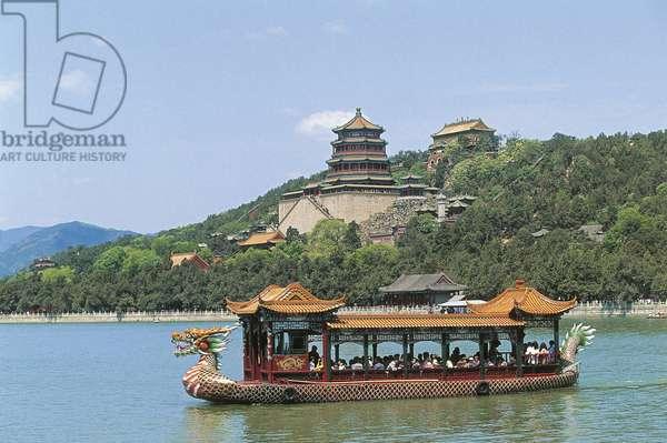 China, Beijing, Summer Palace, Longevity Hill, tour boat on Lake Kunming