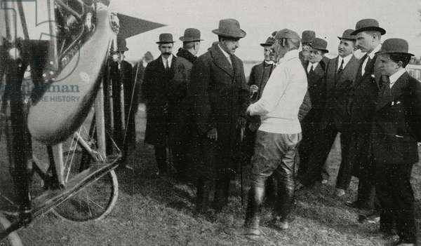 French aviator Adolphe Pegoud with Count of Turin after air show, Milan, Italy, photograph by Argus, from L'Illustrazione Italiana, Year XLI, No 8, February 22, 1914