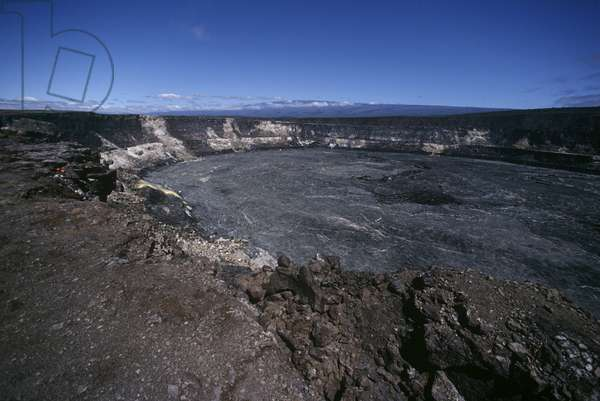 USA, Hawaii, Hawaii Volcanoes National Park, Kilauea volcano, Halemaumau crater